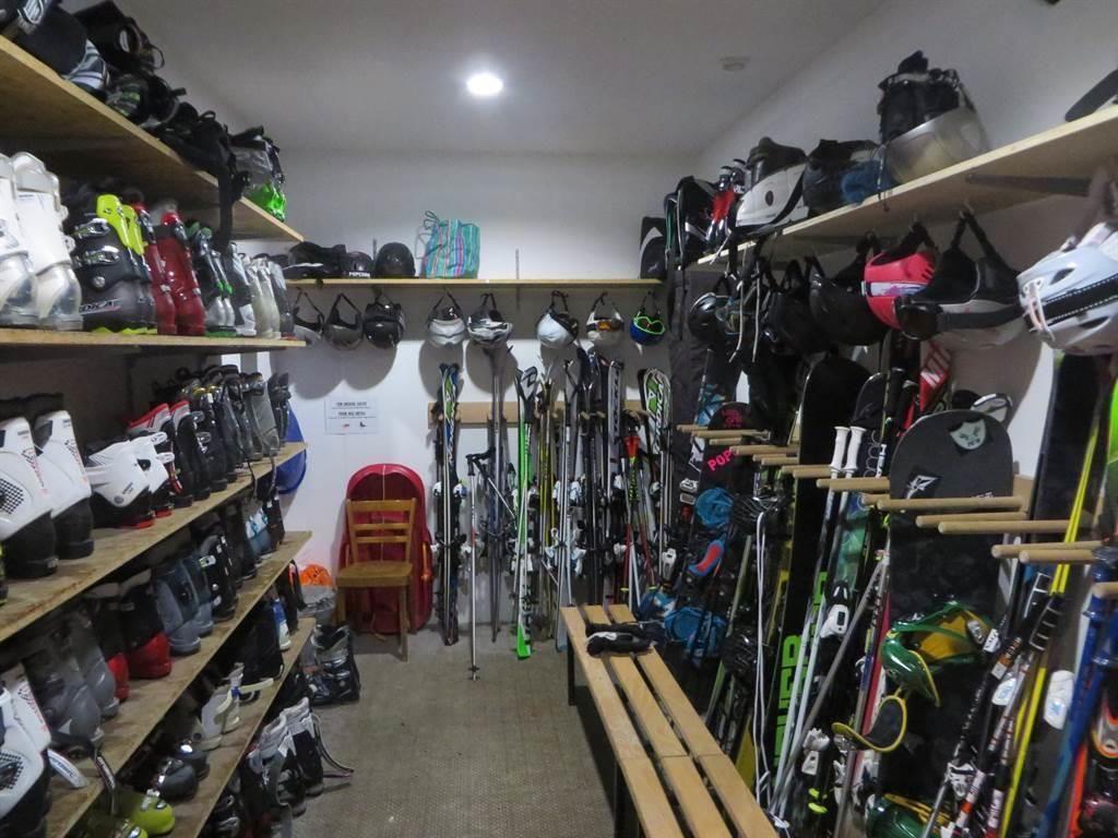 Skiraum bei den Pisten