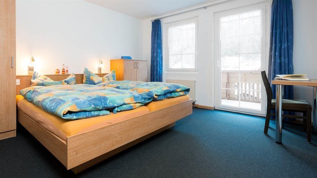 Doppelschlafzimmer 1. Etage mit Balkon