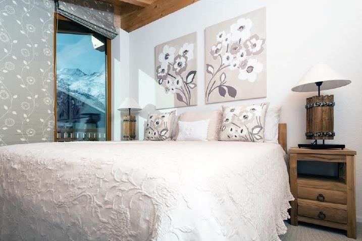 Sonnegg Penthouse Bedroom 3