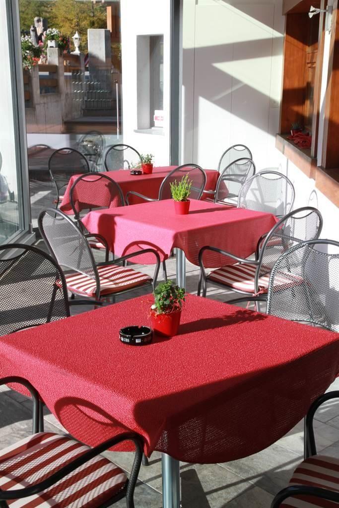 hotel_portjengrat_saas_almagell_wintergarten_innen