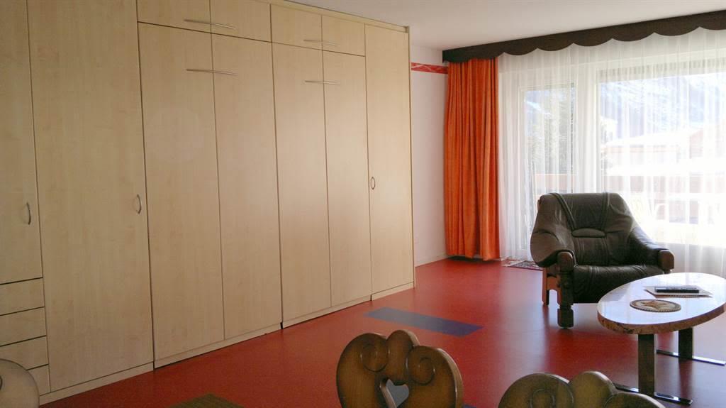 5.5 Wohn- Schlafzimmer