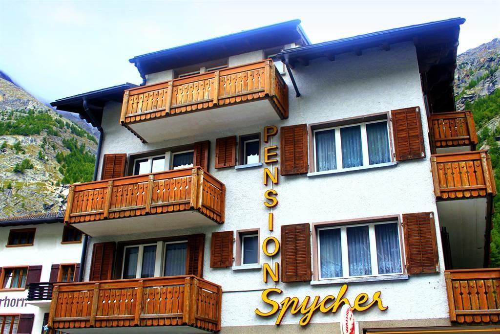 Spycher Fassade Sommer