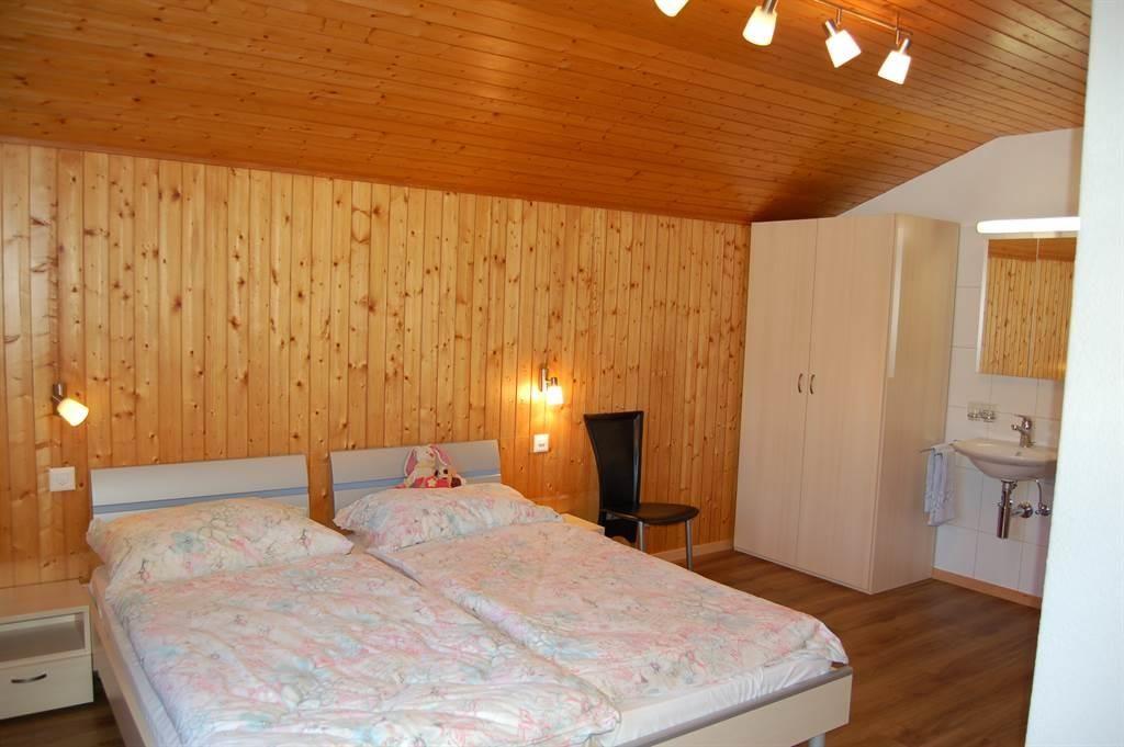 Schlafzimmer B