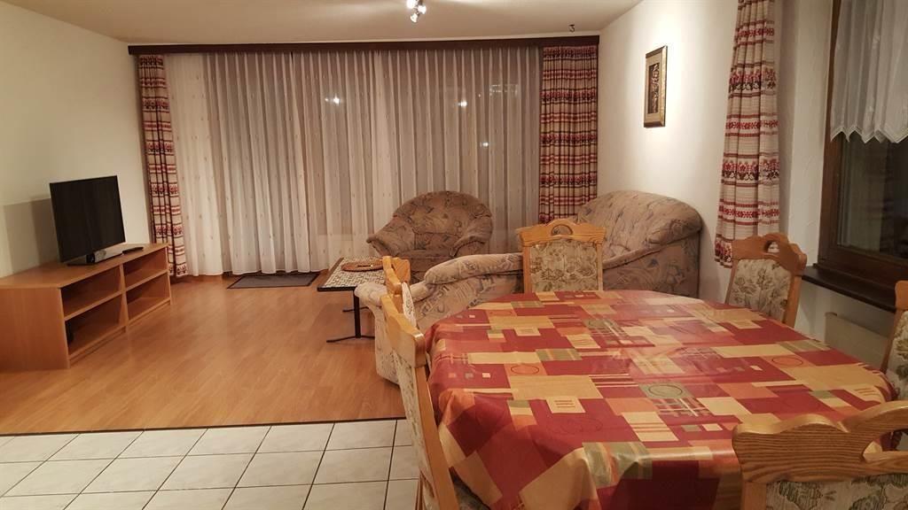 Essecke und Wohnzimmer