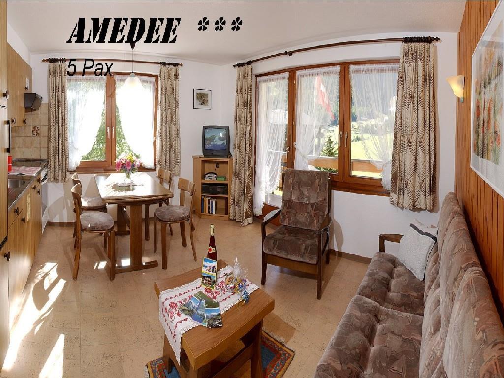 Amedee 3