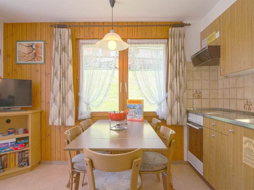 6.1 Küche mit Essbereich