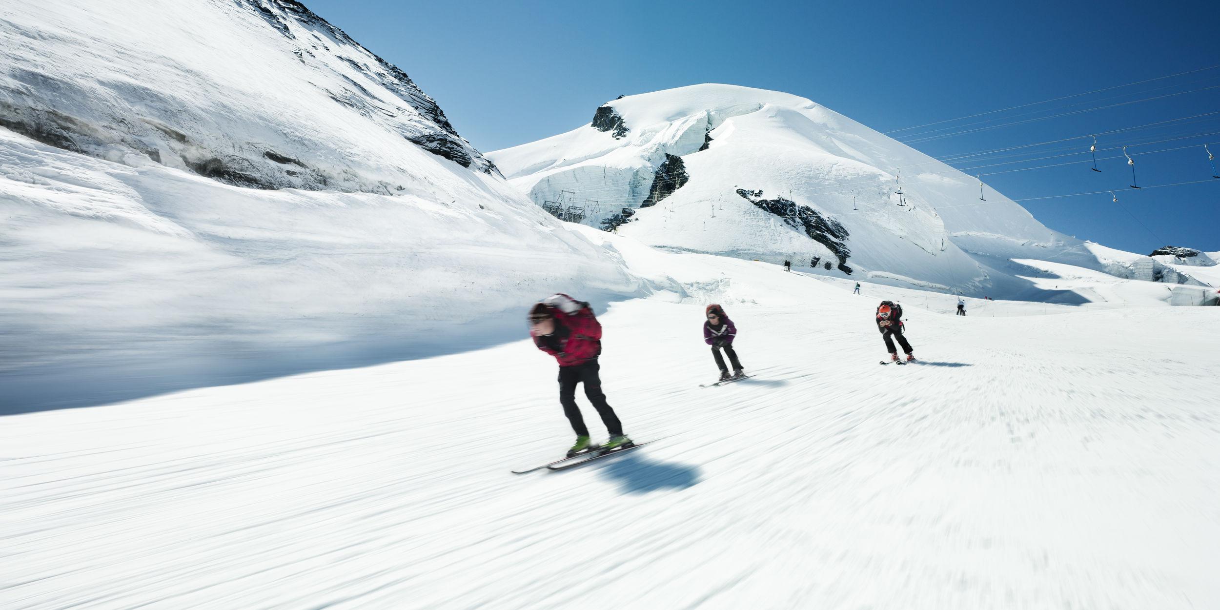 Skiing in summer Saas-Fee