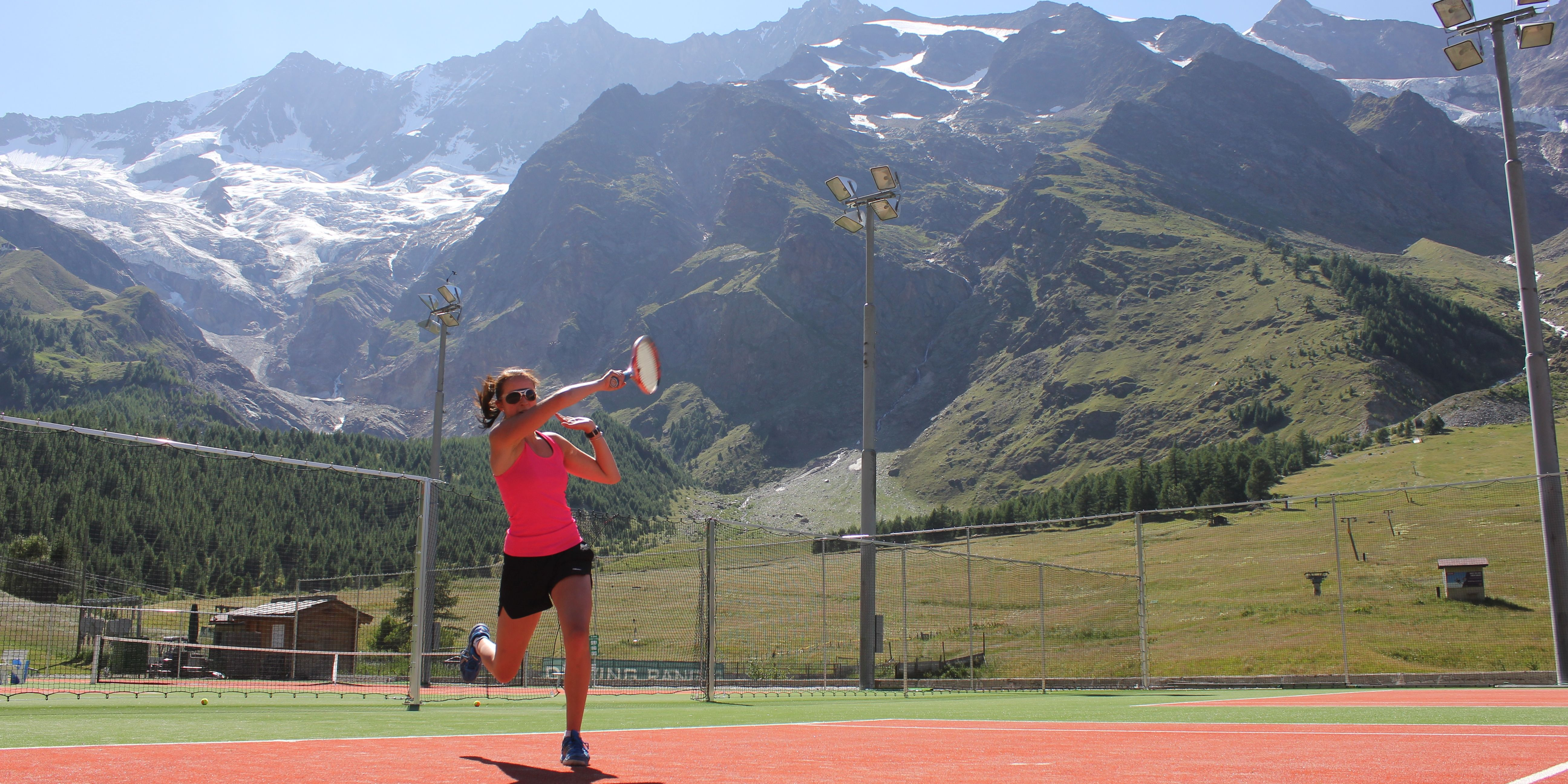 Tennis - Free Republic of Holidays Saas-Fee