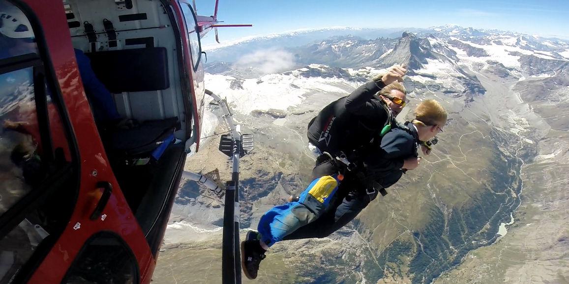 Skydive Matterhorn