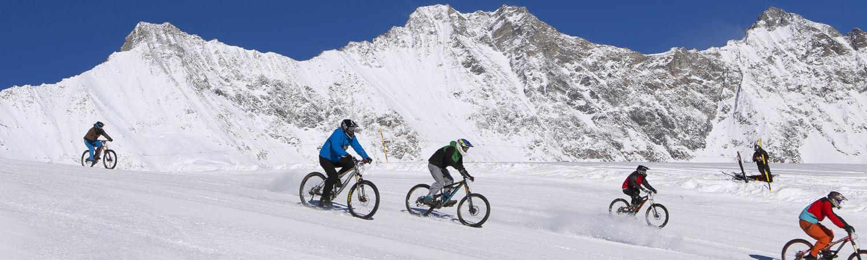 Glacier Bike Downhill dans la République Libre des Vacances Saas-Fee