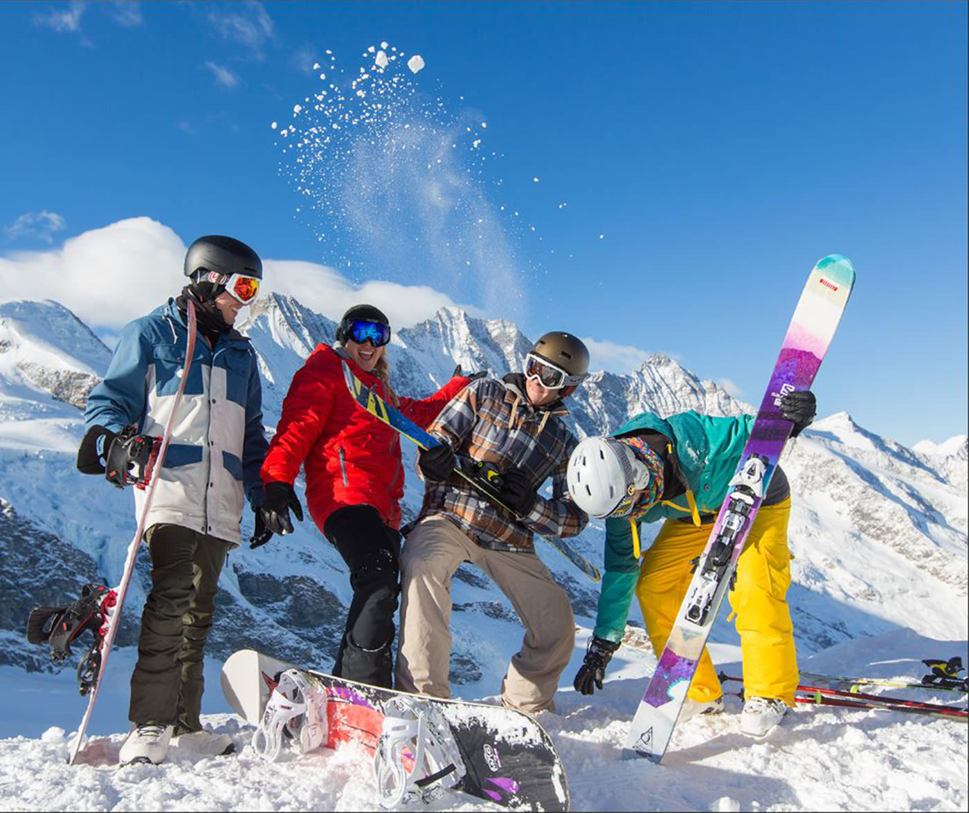 """Skitest in Saas-Fee"""