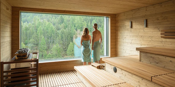 [Translate to Français:] [Translate to English:] Alpine Wellness in der Freien Ferienrepublik Saas-Fee