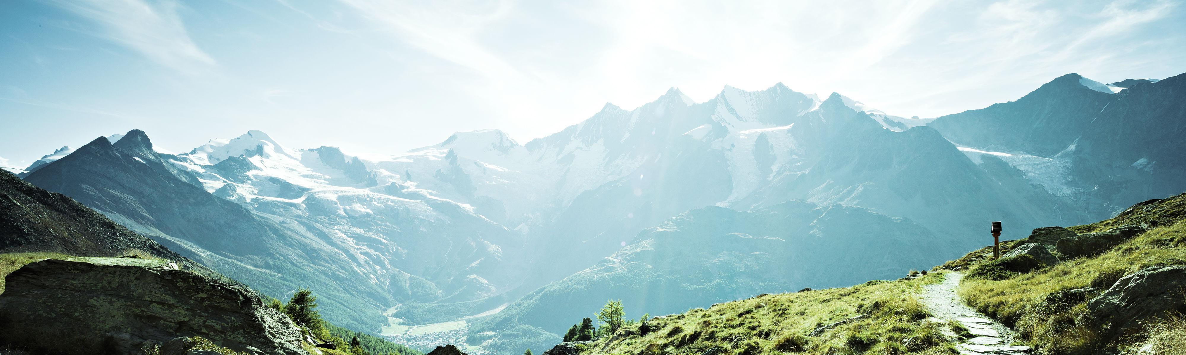 Wandern im Saastal - Freie Ferienrepublik Saas-Fee