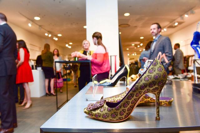 Какую обувь носить осенью: Manolo Blahnik представили новую коллекцию