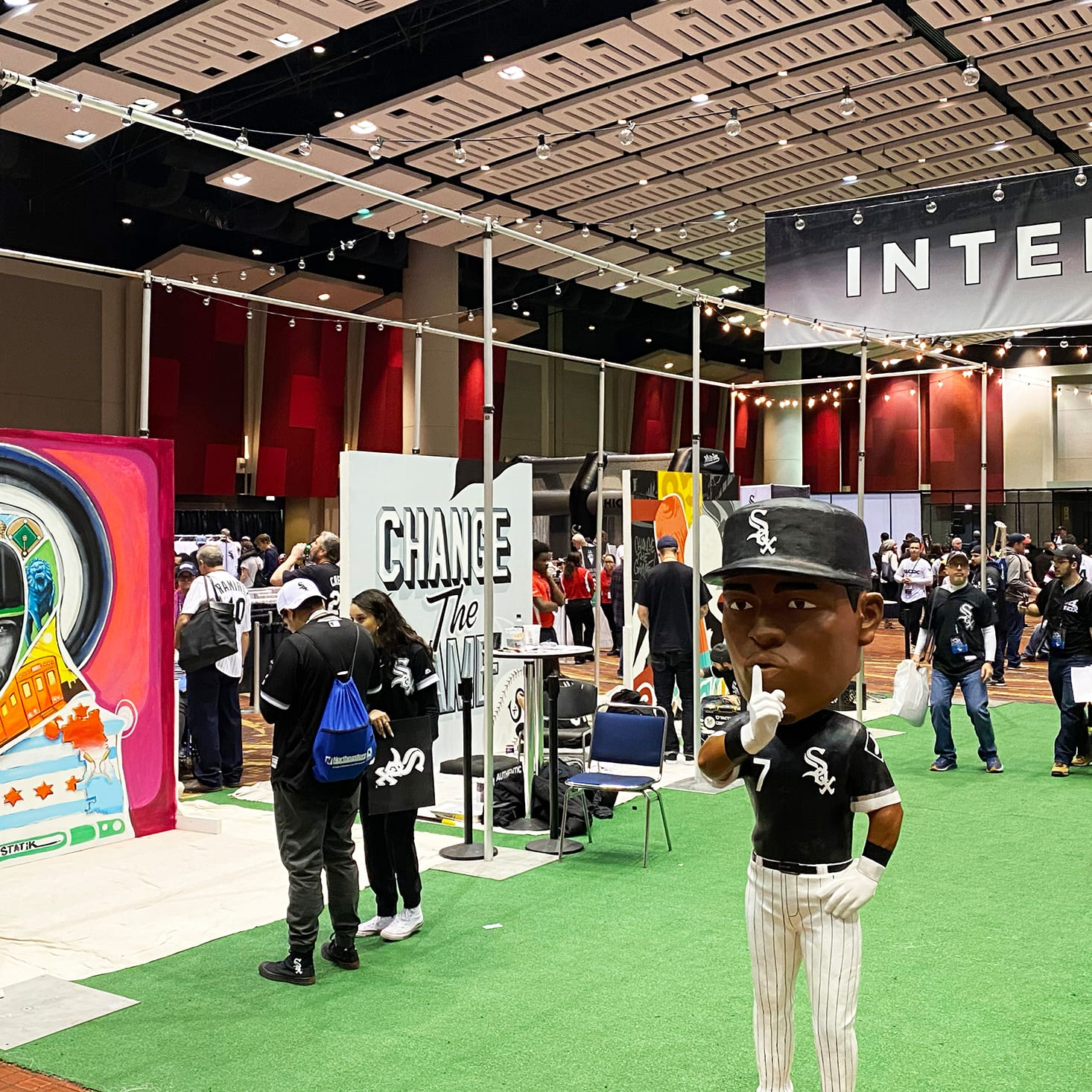 chicago white sox fest with live experience mural paintings