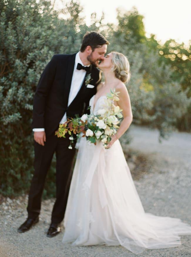 california-wedding-photographer-ojai-Jake-Anderson-plenty-of-petals-florist_-40