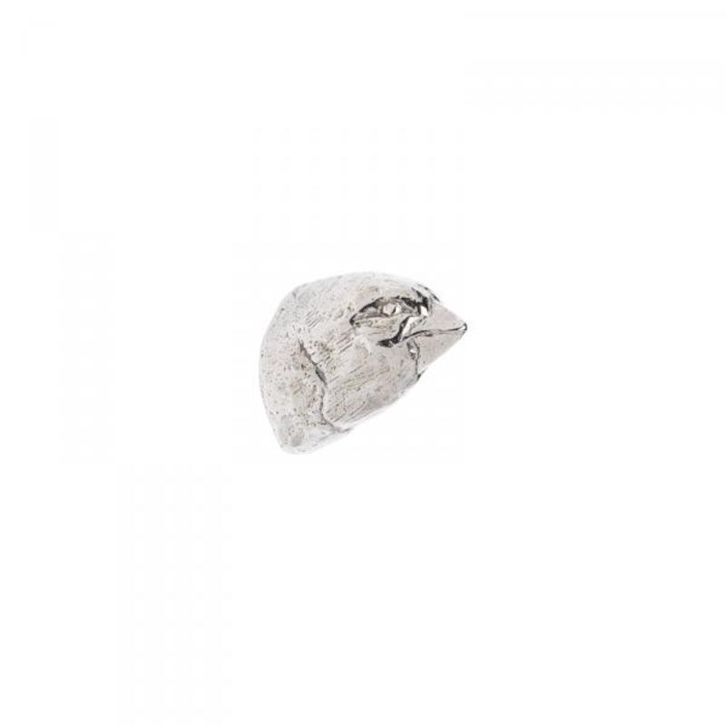 Grosbeak – 1 1/4 in x 1 3/4 in