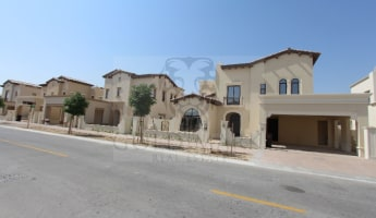 Beautiful Rasha|Type 2| Close to park -