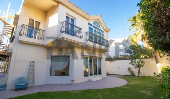 Commerical 5 bed villa for Luxury concept -