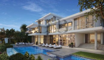 EXTRAORDINARY 5 BR WITH LUXURIOUS FINISH -