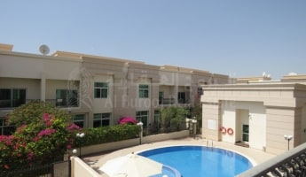 Overlooking the Pool-1 Month Free-Spacious Family Living -