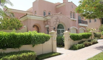 Excellent Type 17 | Vacant| Close to Park -