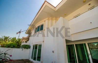Bright Villa and well maintained Compound villa -