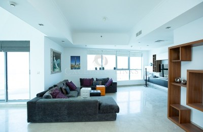 4 beds furnished penthouse flat with superb views -