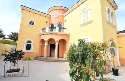 New Pool - Newly Landscaped Garden - 5 Bed Legacy -