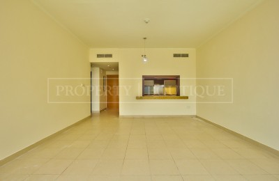 Large 1 Bed | Burj Views | Great Deal -