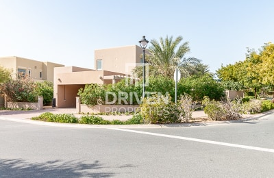 Beautiful and Huge Unit   Quiet Location -