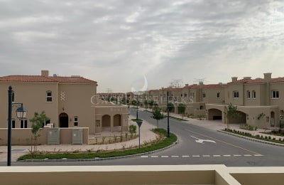 3BR+Maids End unit next to Park and Pool -