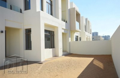   Next To Pool and Park   Corner Unit   -