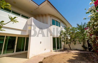 Well maintained 3 bedroom compound villa -