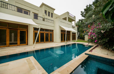 6 Bedrooms Villa with Lake View|Vacant | Al Barari -