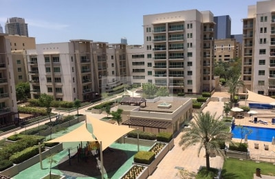 Best Price Two Bed with Private Courtyard -
