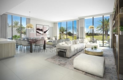 SPACIOUS SINGLE ROW 4BEDS WITH GOLF COURSE VIEW -