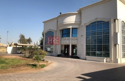 3 Luxury Villas on a Large Plot at Al Hudaiba -