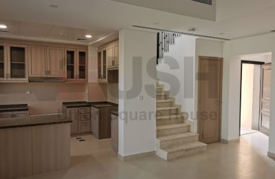 2Bedroom Townhouse | Close to Pool & Park -