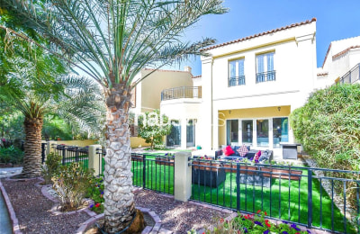 Private position | 4 bedrooms | Immaculate -