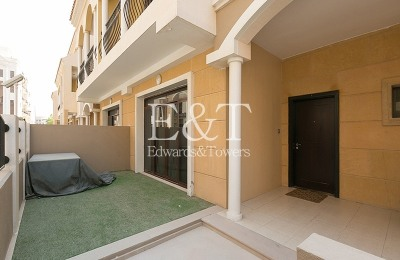 4 BR Inner Townhouse|Private Parking,JVC -
