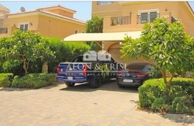 5 Bed Villa with Pool | Next to Park and School -