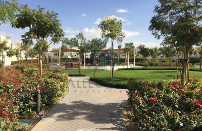 Cheap and Spacious 4 Bedroom Villa for Rent -