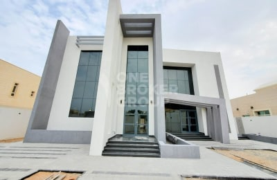 5 BR Brand New Villa with SWIMMING POOL -