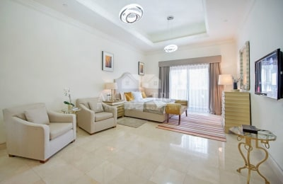 Prestigious townhouse| Marina view |Prime location -