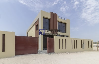 Brand New 5 bedrooms for Rent in Al Sufouh -