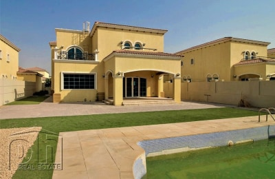 Cheapest 4 Bed Legacy - District 3 - Private Pool -