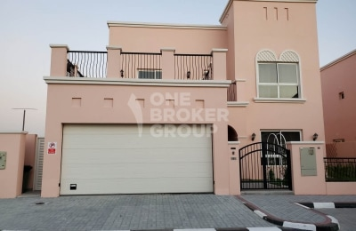 4 Master Bed rooms + maid 5000 sq ft GCC only -