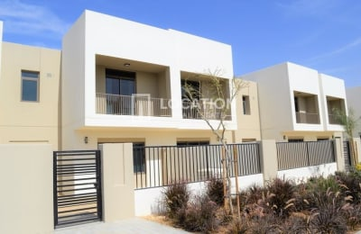 BRAND NEW | CORNER UNIT ~ LARGE PLOT | PERFECT LOCATION -