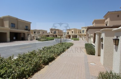Lila Type 4|Close To Pool|Multiple Cheques -